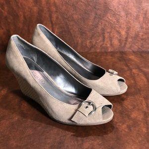 JONES STUDIO Peep Toe Wedge Shoes